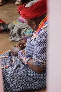 Koko Mologadi facilitating beadmaking skills